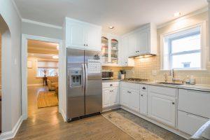 Dicas para decoração de apartamento pequeno - Iluminação na cozinha
