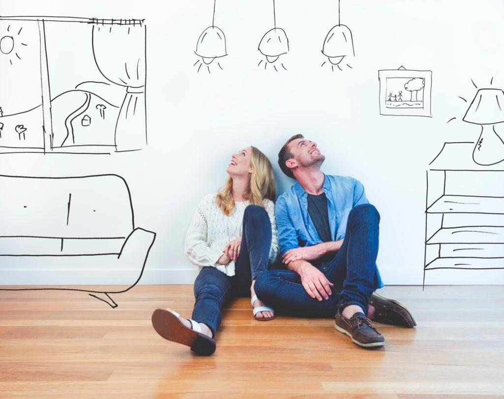 casal planejando o apartamento