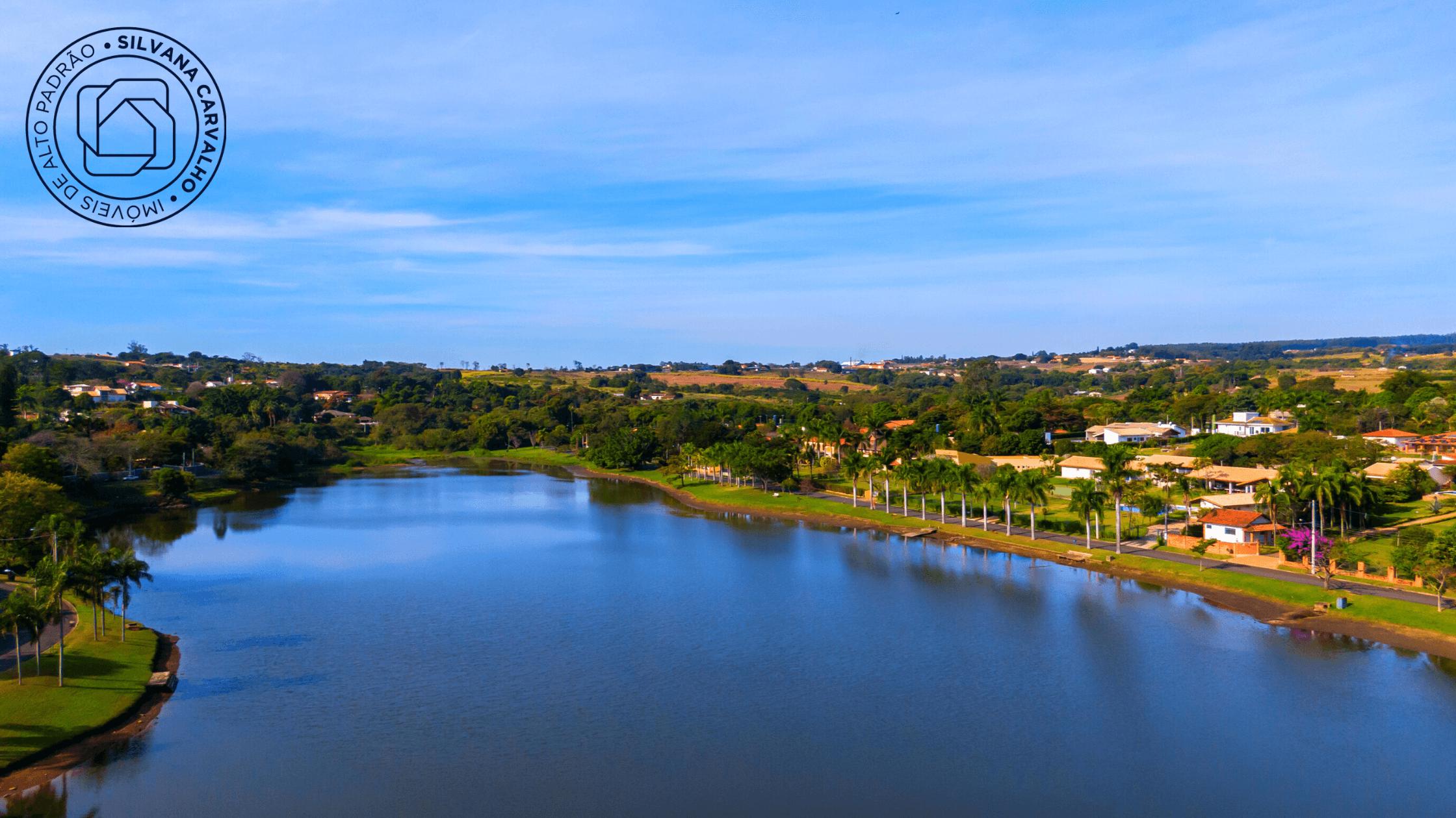 Lago do Condomínio Vale das Laranjeiras