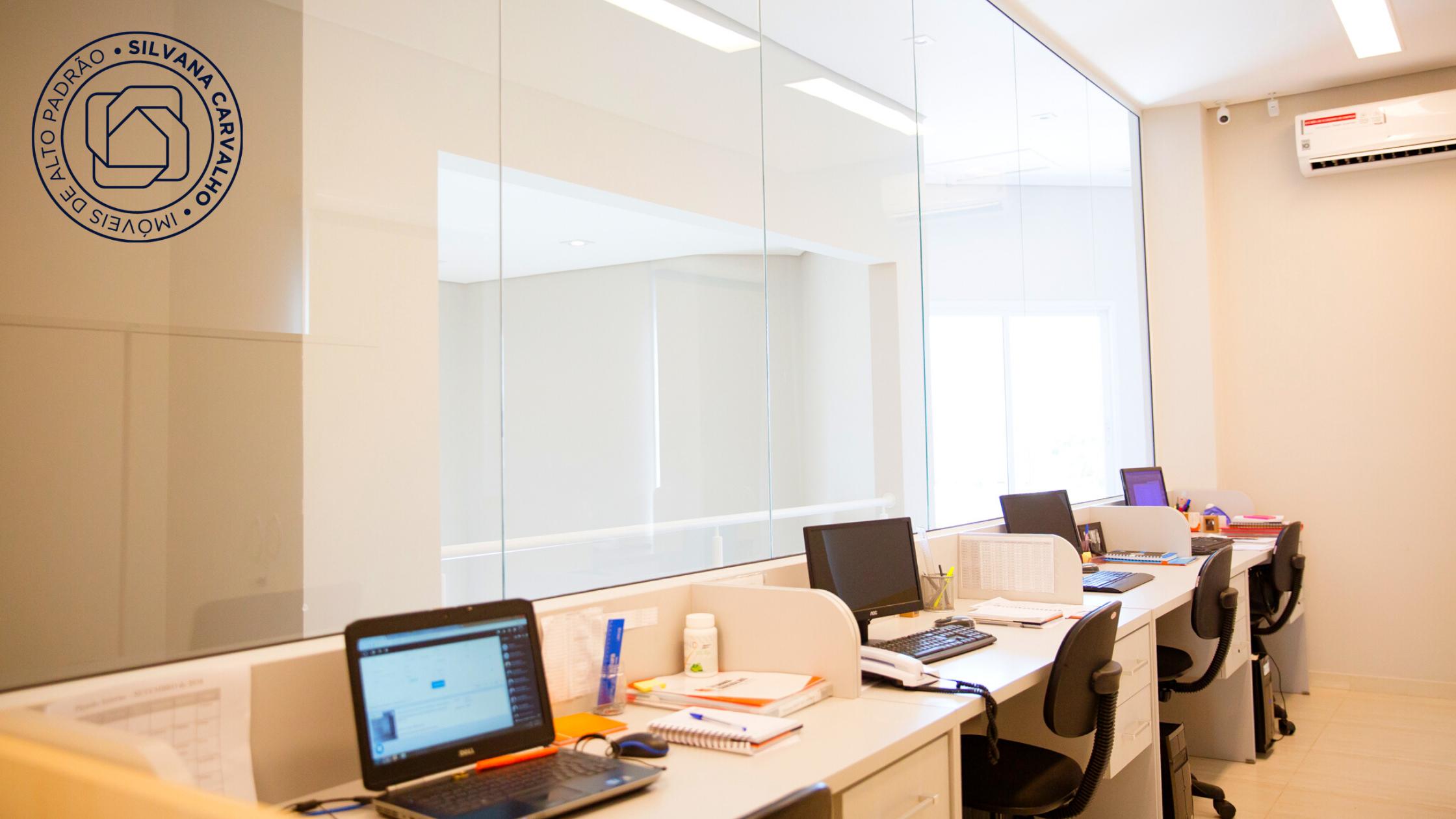 Sala dos consultores do Grupo Silvana Carvalho